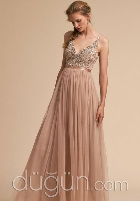 A Kesim Pudra Rengi Nedime Elbisesi Duguncom Nedime Elbisesi The Dress Nedimeler