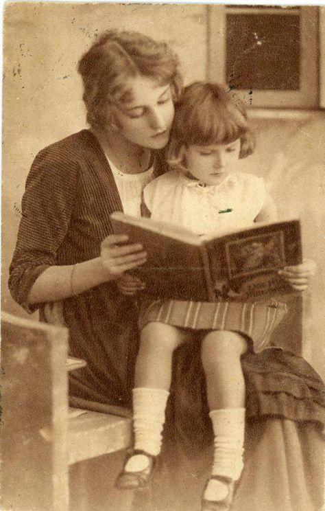 Cien años de la primera mujer bibliotecaria en España: Angelita García Rives…