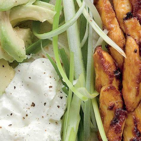Fajitas z kurczaka z awokado i szczypiorkiem #przepisy #przepis #zdrowejedzenie #jedzenie #zdrowejedzenie #food #instafood #foodpic #foodporn #instarecipes