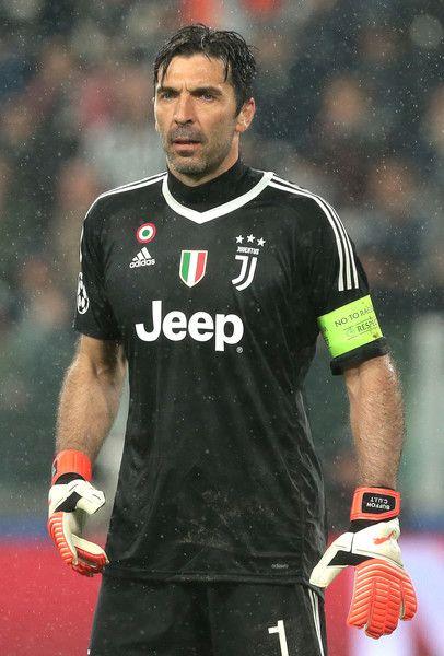 brand new e1a0c 78c3b Juventus VS. Real Madrid - UEFA Champions League Quarter ...