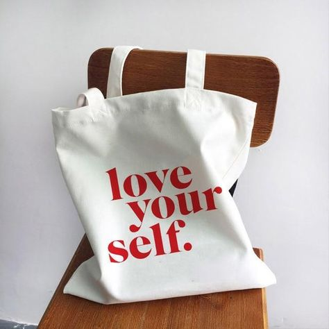 Bag Quotes, Canvas Quotes, Aesthetic Clothing Stores, Clothing Company, Cheap Shopping, Shopping Travel, Shopping Bags, Girl Power Quotes, Love Canvas