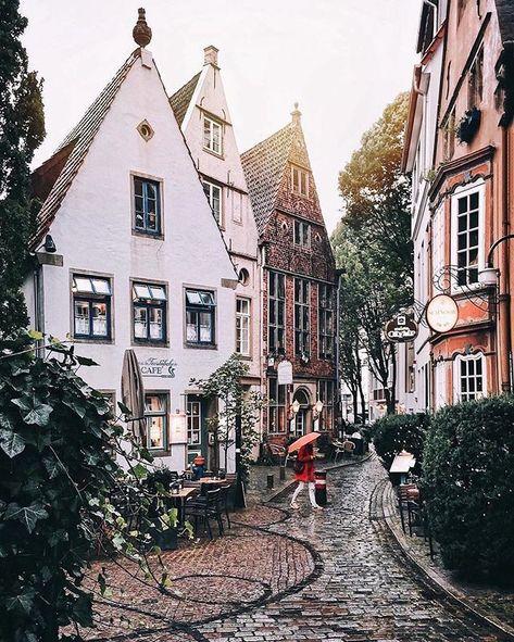 From Hamburg we continue to Bremen: In Bremen's oldest district, the ... - #Bremen #Bremen39s #continue #district #Hamburg #oldest