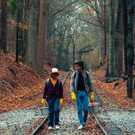 BEST: Steve and Dustin's Unlikely Friendship in 'Stranger Things 2'