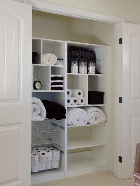 Modern Bathroom Cabinet Decorating In 2020 Linen Closet Design Modern Bathroom Cabinets Bathroom Cabinets Diy