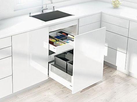 Add bins with handles to deep drawers for a neat way to store - küchenschrank mit schubladen