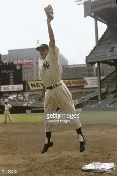 71100040-firstbaseman-bill-skowron-of-the-new-york-gettyimages.jpg (396×594)