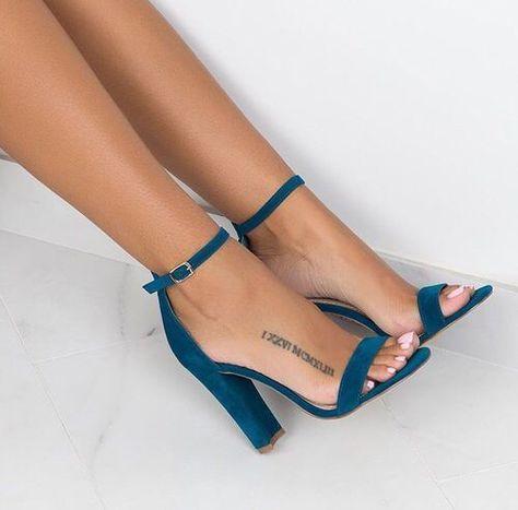 X   Footwears 👟  Footwears  X   Footwears 👟