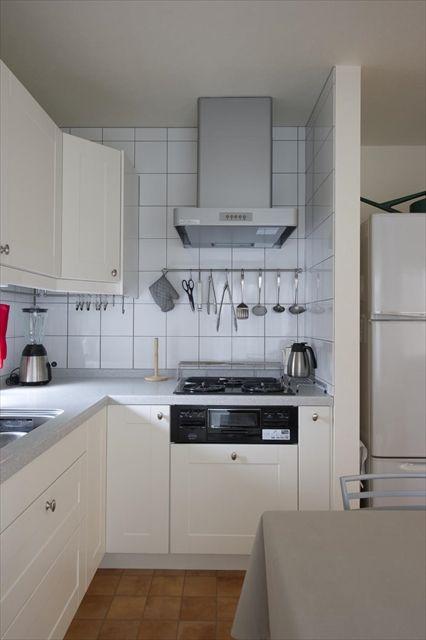 パナソニックのリフォムス 壁付け I型キッチンです アイランド作業台