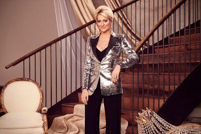 The Real Housewives Of New York City Season 12 Official Cast Portraits In 2020 Housewives Of New York Real Housewives Dorinda Medley