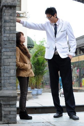 Zhang Mengyong The Tallest Man China Tall Guys Tall People Giant People