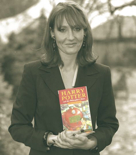 41d0b4e431aaa Harry Potter   the Philosopher s Stone was published sixteen years ago  today. Happy Birthday