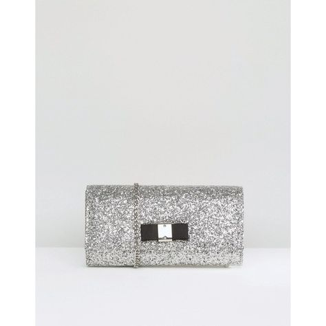 Carvela Glitter Clutch Bag With Bow (200 BRL) ❤ liked on Polyvore featuring bags, handbags, clutches, silver, chain strap handbag, glitter handbag, glitter purse, chain handle handbags and bow handbag