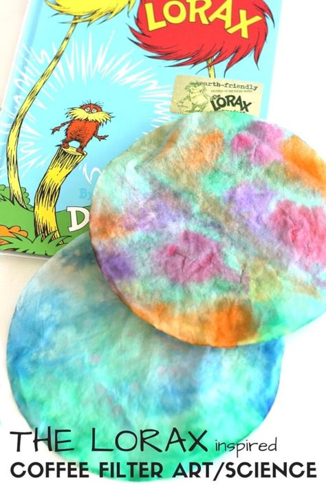Tie Dyed Coffee Filter Art for Dr. Seuss Science and Lorax Craft Activity Tie Dyed Coffee Filter Art Science Dr. Seuss Inspired The Lorax Dr. Seuss, Dr Seuss Stem, Dr Seuss Art, Dr Seuss Crafts, Dr Seuss Lorax, Der Lorax, Preschool Science, Science Activities, Dr Seuss Preschool Art