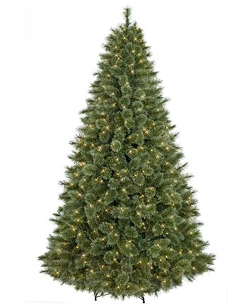 29 best Classic Christmas Trees images on Pinterest | Artificial ...