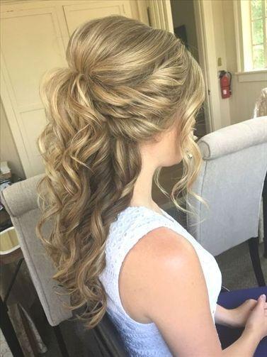 Pin Auf Hochzeits Frisuren