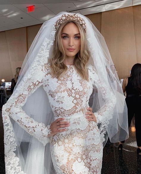 """The stunning @stashayatchuk wearing @berta gown + @mariaelenaheadpieces #NewYorkBridalFashionWeek"""""""