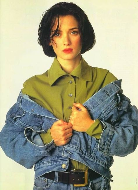 Winona Ryder: Style Icon Today, Winona Ryder is making headlines for h. - Winona Ryder: Style Icon Today, Winona Ryder is making headlines for her outstanding perfo - Winona Ryder 90s, Winona Ryder Style, Outfits Casual, Grunge Outfits, 90s Style Outfits, Spring Outfits, Grunge Look, Grunge Style, Soft Grunge