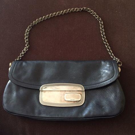 b905b4264ae9 Vintage prada purse It s vintage and it s in good condition! Prada Bags