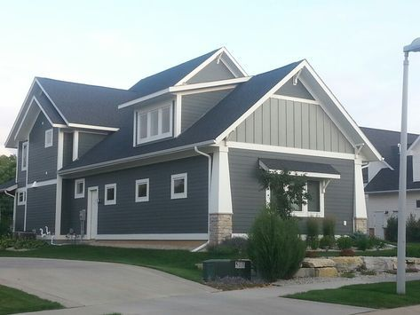 New Exterior House Colors Gray Two Tone 31 Ideas Outdoor House Paint Gray House Exterior House Paint Exterior