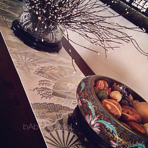Adding another element of timeless sophistication. @babyblu.mol #obi #loft #lifestyle #luxuryliving #penthouse #bedding #bedroom #bedlinens #bungalows #instyle #interiordesigners #interiordecoration #decorations #art #apartment #silk #studio #styling #singapore #amour#tabletop#runners#tablelinens#linen#brocade#decorations