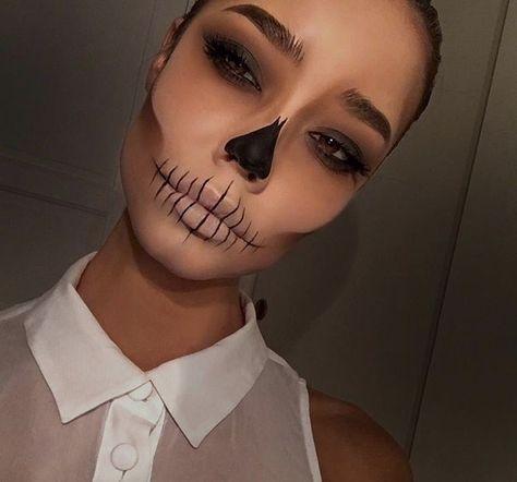 Likes, 170 Comments - Agnes Matilda ( . - Halloween Make-up und Kleider - Halloween Makeup Clown, Halloween Eyes, Halloween Makeup Looks, Halloween Outfits, Halloween Diy, Halloween Fashion, Halloween Decorations, Halloween 2019, Halloween Stuff