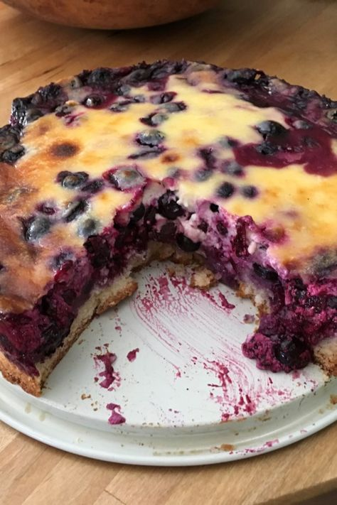 """Nova Scotia Blueberry Cream Cake """"Tried this after going blueberry picking Very good Crust was great Almost like a cheesecake"""" - Recipes Blueberry Cream Cake Recipe, Blueberry Cake, Blueberry Picking, Easy Blueberry Desserts, Blueberry Cheesecake, Köstliche Desserts, Delicious Desserts, Dessert Recipes, Summer Desserts"""