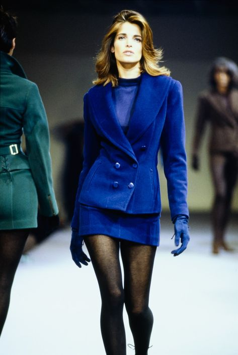 Azzedine Alaïa Fall 1990 Ready-to-Wear Collection - Vogue Model: Stephanie Seymour