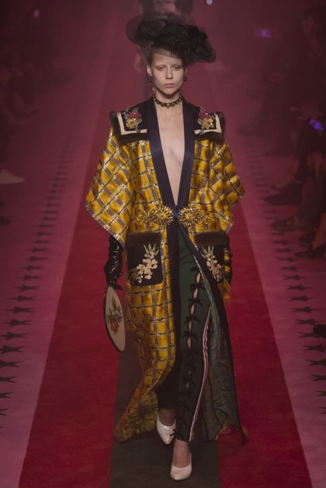 Gucci Spring/Summer 2017 - Milan - Access Runway - Fashion Week Fashion Shows