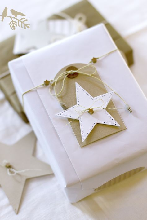 Seeing Stars #gift #wrapping #presents #packaging #white #kraft #tag #simple