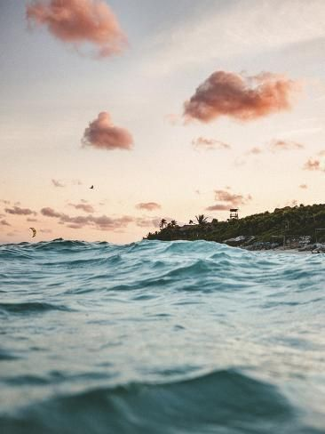What to do in Tulum with TravelGuide.City, you find more than top ✅ ten attractions and cheap things to do in Tulum in our website. Beachy Wallpaper, Waves Wallpaper, Summer Wallpaper, Unusual Wallpaper, Trendy Wallpaper, Wallpaper Pictures, Background Pictures, Ecuador, Summer Waves