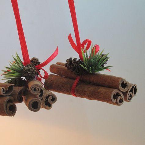 Items similar to Tas de bâtons cinnamnon, décorations de Noël, ornements d'arbre…