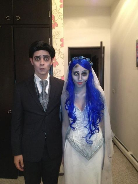 Couples Halloween Costumes to make you both look like the Superstars of the party - Hike n Dip Thinking about fresh Halloween costumes for couples? Why not check out some really cool Couples Halloween Costumes right here. I bet you'll love them. Corpse Bride Costume, Unique Couple Halloween Costumes, Best Couples Costumes, Creepy Halloween Costumes, Hallowen Costume, Halloween Outfits, Halloween Couples, Funny Halloween, Disney Couple Costumes