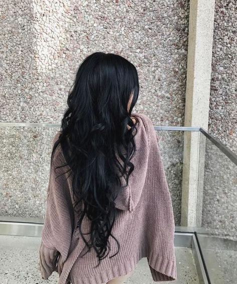 Indian Hair Accessories, Flower Hair Accessories, Indian Hairstyles, Pretty Hairstyles, Black Hairstyles, Everyday Hairstyles, Weave Hairstyles, Brunette Girls, Curly Hair Styles