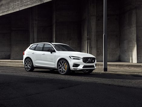2020 Volvo Xc60 T8 Polestar Engineered Is A Triple Charged Suv In 2020 Volvo Xc60 Volvo Volvo 40