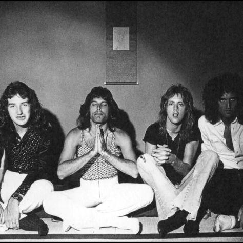 Queen – Zdjęcia: 1975-79 – Queen Poland