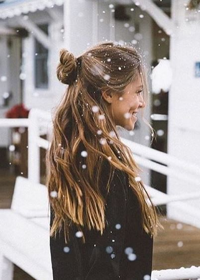 30 Effortless Hairstyles To Try This Summer Hairstyle Long Hair Styles Hair Styles Winter Hairstyles