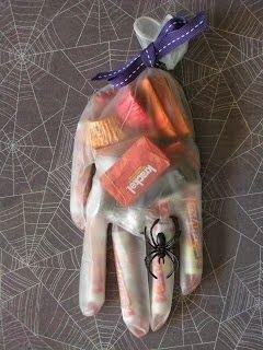Paris à l'Ouest: DIY Halloween gants pour bonbons