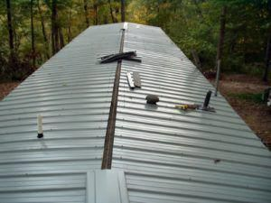 Wall The Big Return Of The Moldings Mobile Home Roof Remodeling Mobile Homes Mobile Home Repair
