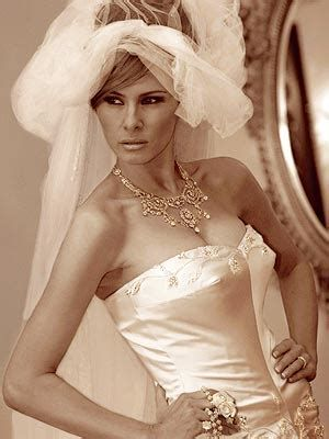 Melania Trump S Wedding Dress Designer John Galliano Famous Wedding Dresses Wedding Dresses John Galliano Wedding Dress