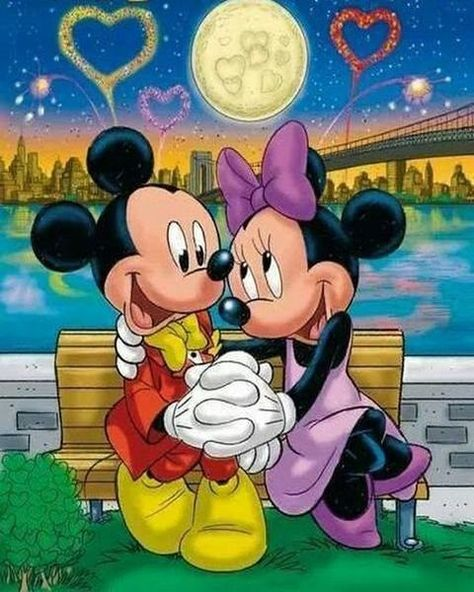 5D Diamond Painting Park Bench Love Mickey and Minnie Kit Offered by Bonanza Marketplace. www.BonanzaMarketplace.com #diamondpainting #5ddiamondpainting #paintwithdiamonds #disneydiamondpainting #dazzlingdiamondpainting #paintingwithdiamonds #Londonislovinit #mickeymouse #minniemouse