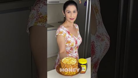 #WhenIThinkHealthy with @Meghna's Food Magic   Honeycomb Cake