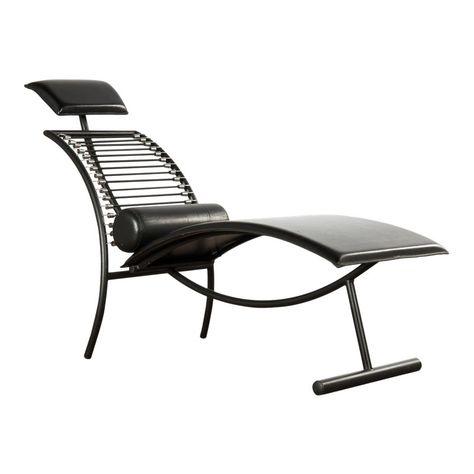 1980s Vintage Postmodern Italian Chaise Lounge Chair Chair