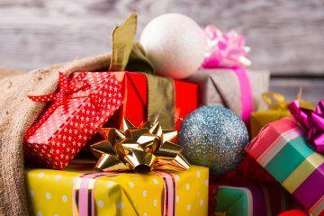 La sua linea é … Regali Di Natale Per La Casa Fra Novita E Decorazioni Natalizie Regali Di Natale Decorazioni Natalizie Idee Regalo Di Natale