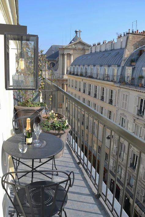 This Balcony in Paris is small.but, oh so cute! Very good use of a small space This Balcony in Par Apartment Balconies, Paris Apartments, City Aesthetic, Travel Aesthetic, The Places Youll Go, Places To Go, Belle Villa, Dream Apartment, Parisian Apartment