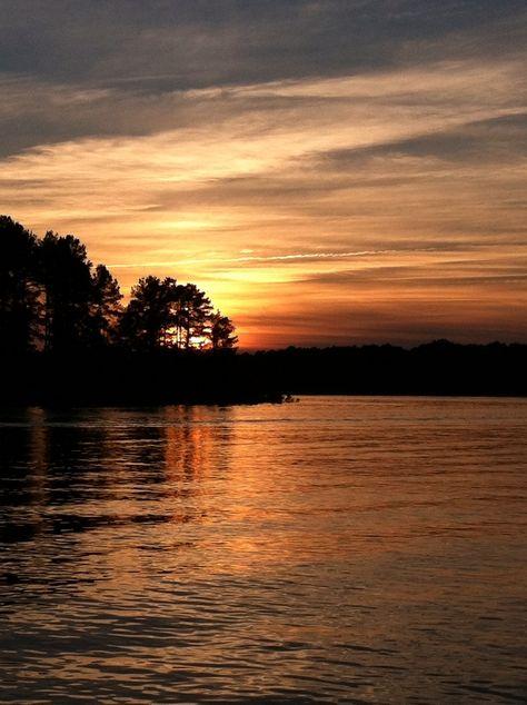 Miss those sunsets. Lake Hartwell, Clemson, SC