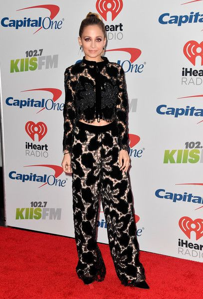 Nicole Richie attends 102.7 KIIS FM's Jingle Ball 2017.