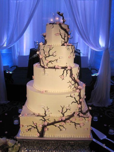 Cherry Blossom Wedding Cake - ideas para boda en colores blanco y rosa (cerezo…