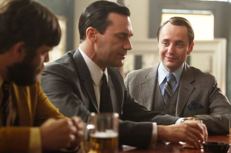 TEMPORADA 1, EPISODIO 4 Pete Campbell: Tengo ideas. Don ...