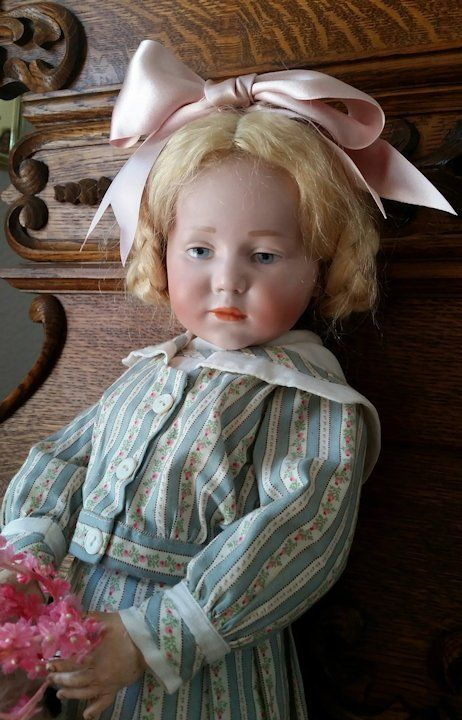 Kammer Reinhardt K R 101 Marie 19 Inch Deeply Desired Antique Aunt Janie S Doll Trunk Ruby Lane Dolls Beautiful Dolls Porcelain Doll Molds