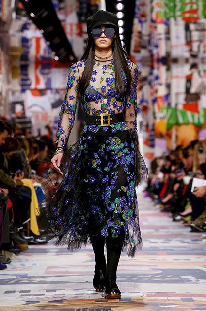 Неделя моды в Париже  Кара Делевинь, Ольга Куриленко и другие звезды на  показе Dior   СПЛЕТНИК acb27f5ebf8